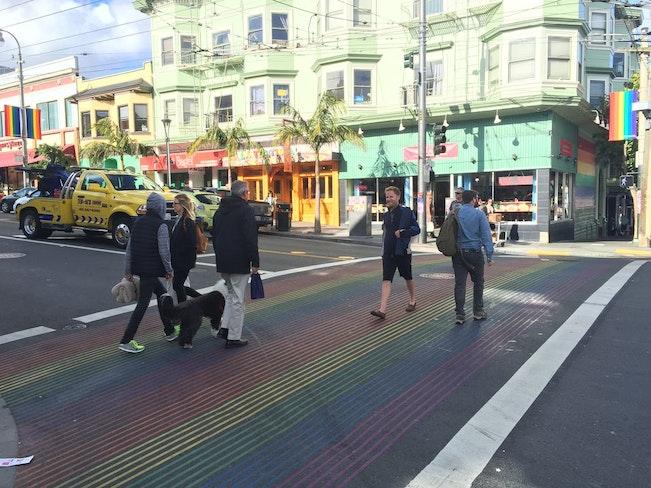 Rainbowcrosswalkdelay