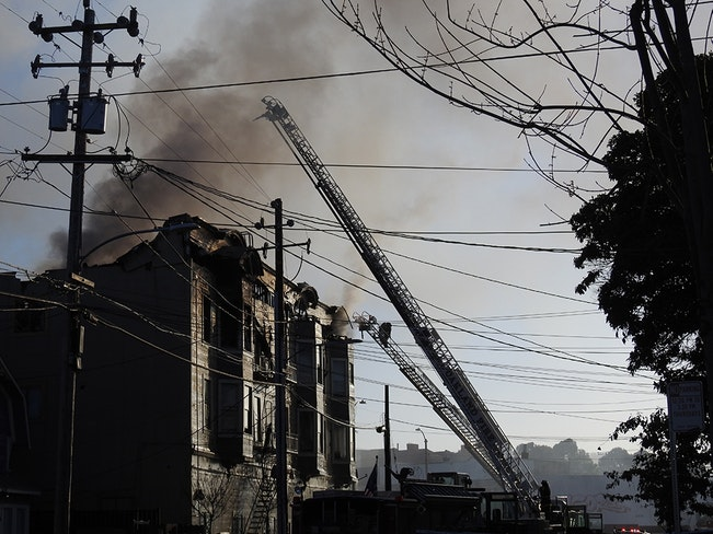 West oakland fire1