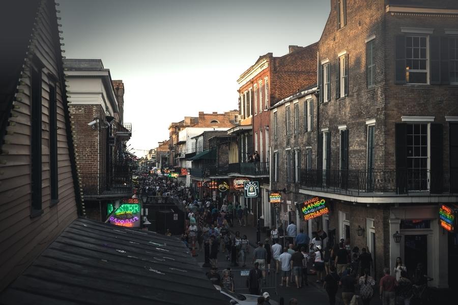 Top New Orleans news: Aquatic midges descend upon city