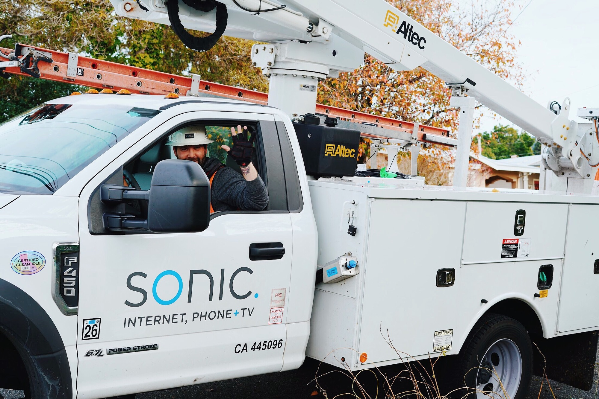 Bay Area: When it comes to your internet, you have a choice
