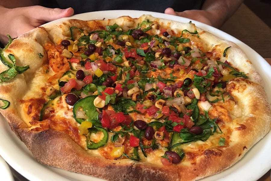 Groovy The 5 Best Spots To Score Pizza In Orlando Hoodline Beutiful Home Inspiration Truamahrainfo