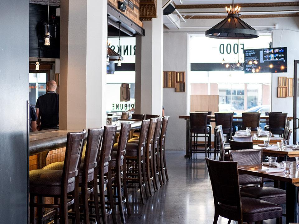 Oakland Eats Tribune Tavern Returns Jack London Square