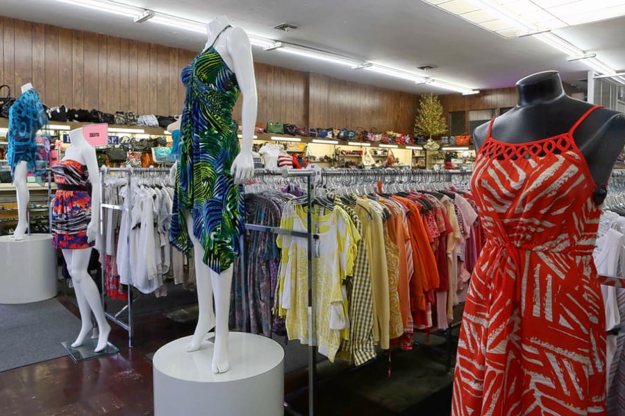 Clothing Spots In Fresno