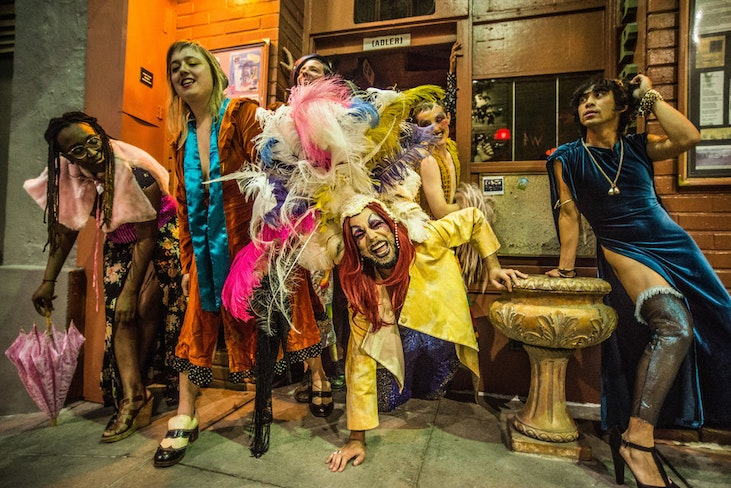 Rsz from left lisa evans ariel harris porada ryan hayes diego gomez silky shoemaker and earl alfred paus in out of site photo by robbie sweeny