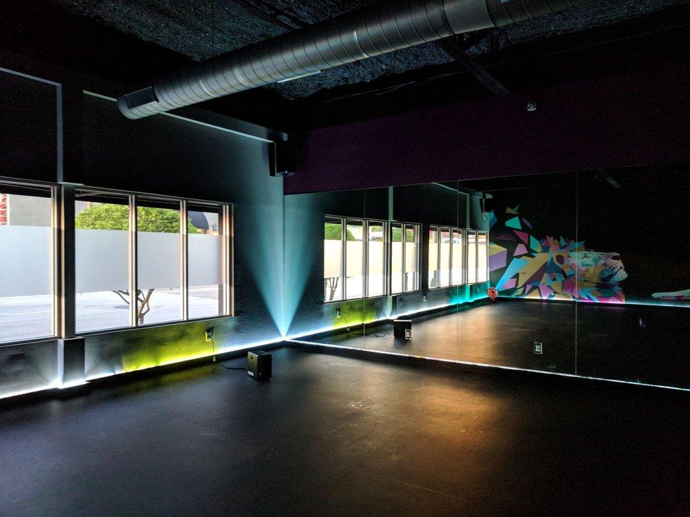 New Black Swan Yoga Studio Stretches Into Dallas Spreads Wings Hoodline